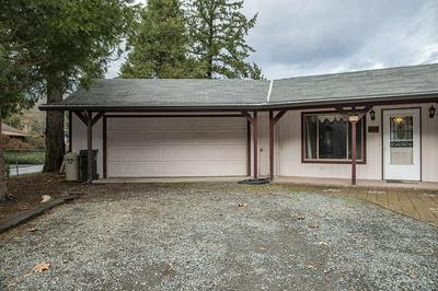 8700 ROGUE RIVER HWY, Grants Pass, OR 97527 - Photo 2