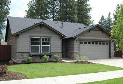 3598 CARNELIAN ST, Medford, OR 97504 - Photo 1