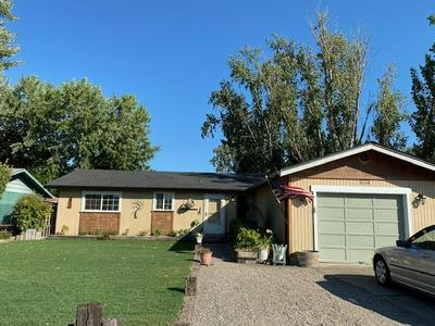8248 DIVISION RD, White City, OR 97503 - Photo 1