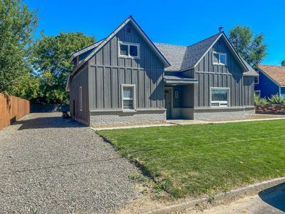 267 NW 5TH ST, Prineville, OR 97754 - Photo 2