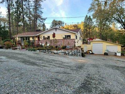 1746 LONNON RD, Grants Pass, OR 97527 - Photo 2