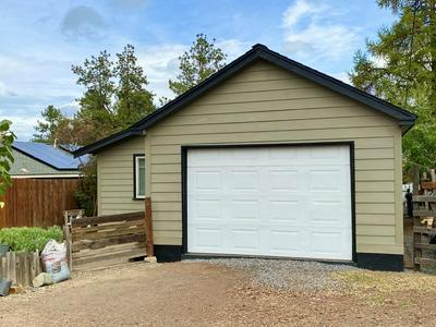 363 NW COLUMBIA ST, Bend, OR 97703 - Photo 2