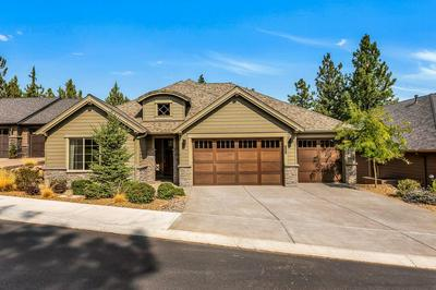 2604 NW PINE TERRACE DR, Bend, OR 97703 - Photo 2