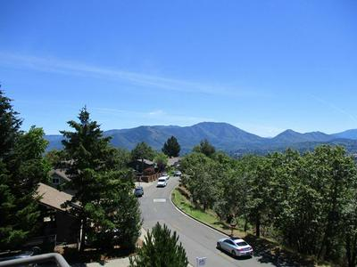 1033 NW STARLITE PL, Grants Pass, OR 97526 - Photo 1