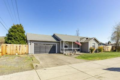 3050 DELTA WATERS RD, MEDFORD, OR 97504 - Photo 2
