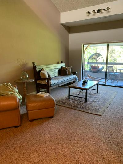 115 ROGUE RIVER HWY APT 307, Grants Pass, OR 97527 - Photo 2
