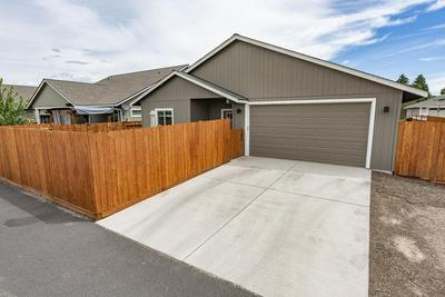 2615 NE COLLEEN RD, Prineville, OR 97754 - Photo 1