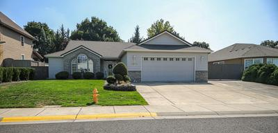 2876 BEEBE RD, Central Point, OR 97502 - Photo 1
