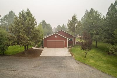 18555 INNES MARKET RD, Bend, OR 97703 - Photo 2