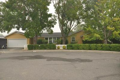 723 SW LARCH RD, Grants Pass, OR 97526 - Photo 1