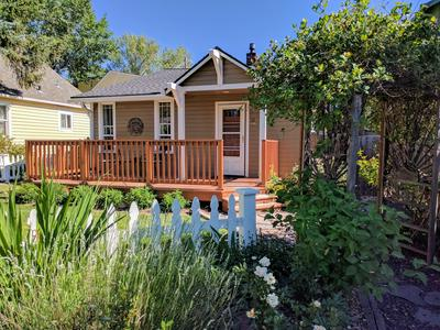 11 NW HIXON AVE # 2, Bend, OR 97703 - Photo 2