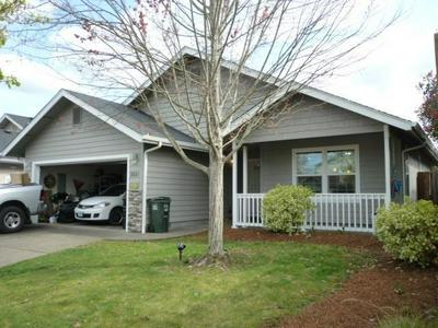 2681 RAYDEAN DR, GRANTS PASS, OR 97527 - Photo 1