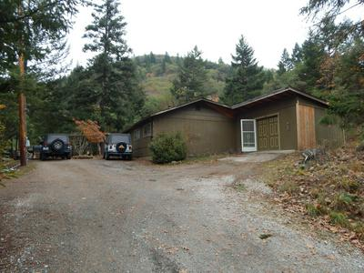 2727 BOARD SHANTY RD, Grants Pass, OR 97527 - Photo 2