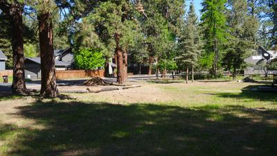 464 S ELM ST, Sisters, OR 97759 - Photo 1