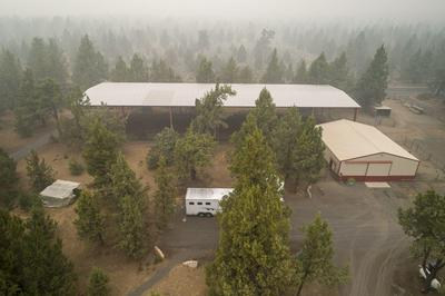 18555 INNES MARKET RD, Bend, OR 97703 - Photo 1