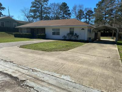 609 WEST AVE N, MCCOMB, MS 39648 - Photo 1