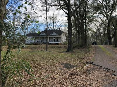 370 THOMAS E JOLLY DR E, Monticello, MS 39654 - Photo 2