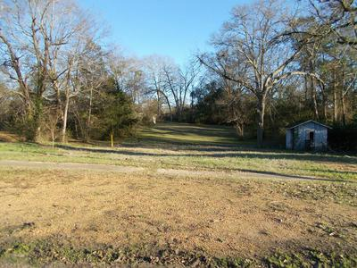 1132 E RAILROAD ST, WESSON, MS 39191 - Photo 1
