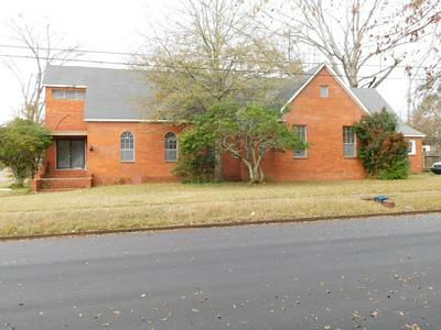209 N FIRST ST, Gloster, MS 39638 - Photo 1