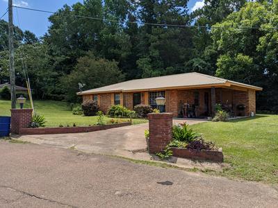 28 JIMMIE JACKSON CIRCLE RD, Fayette, MS 39069 - Photo 2