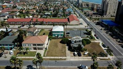 130 E RED SNAPPER ST, South Padre Island, TX 78597 - Photo 2