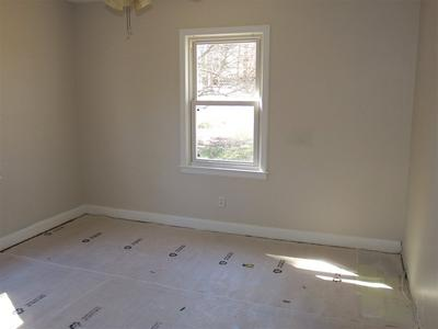 419 W CENTENNIAL ST, Spartanburg, SC 29303 - Photo 2