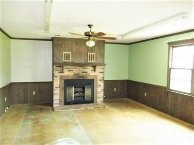 561 CURRY RD, Laurens, SC 29360 - Photo 2