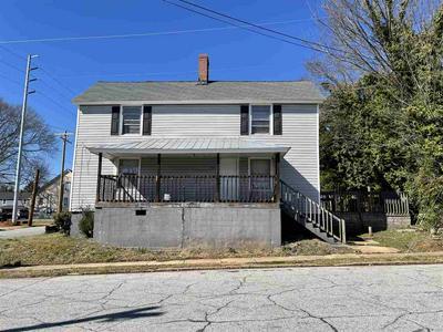 463 N FOREST ST, Spartanburg, SC 29303 - Photo 2
