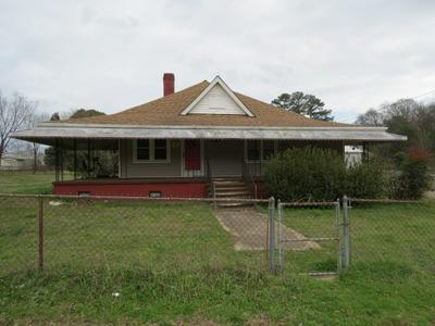 404 8TH ST, Gaffney, SC 29340 - Photo 1