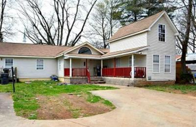 9 WEST AVE, Greenville, SC 29611 - Photo 1