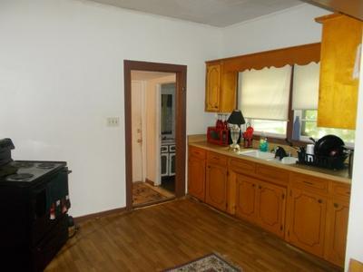 373 OLIVER ST, Spartanburg, SC 29303 - Photo 2