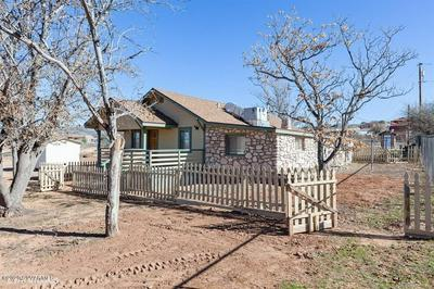 1335 S EASTERN DR, CORNVILLE, AZ 86325 - Photo 2