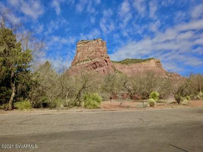 30 FAIRWAY OAKS DR, Sedona, AZ 86351 - Photo 2