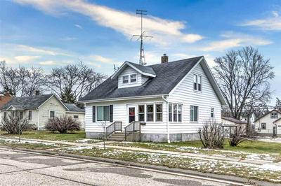 318 E FRANKLIN ST, Portage, WI 53901 - Photo 1