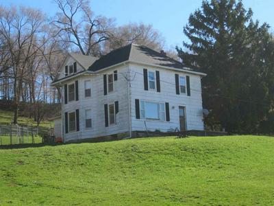 10454 UNIVERSITY FARM RD, Bloomington, WI 53804 - Photo 1