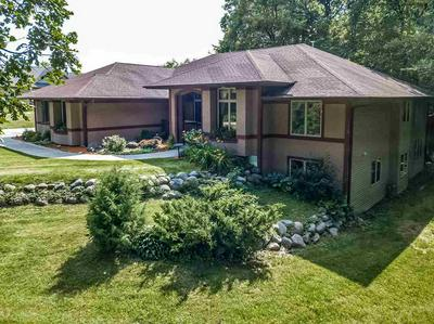 5401 N OLD ORCHARD DR, Janesville, WI 53545 - Photo 2