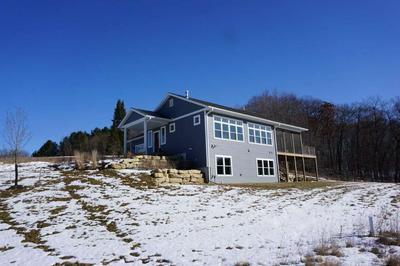 E2667 GATLING CT, LA VALLE, WI 53941 - Photo 2