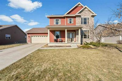 1246 CATHEDRAL POINT DR, VERONA, WI 53593 - Photo 1