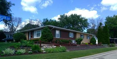424 S HIGHLAND AVE, Jefferson, WI 53549 - Photo 2