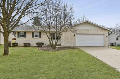 9 RANCH HOUSE LN, Madison, WI 53716 - Photo 1