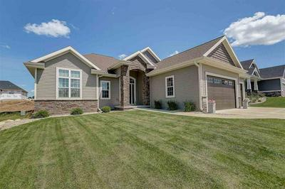 6586 WOLF HOLLOW RD, Windsor, WI 53598 - Photo 1