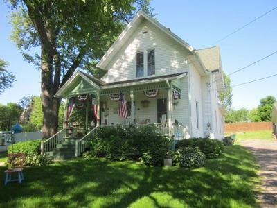 615 W MADISON ST, Lake Mills, WI 53551 - Photo 2