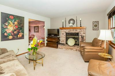 7305 W VALLEY RIDGE DR, Madison, WI 53719 - Photo 2