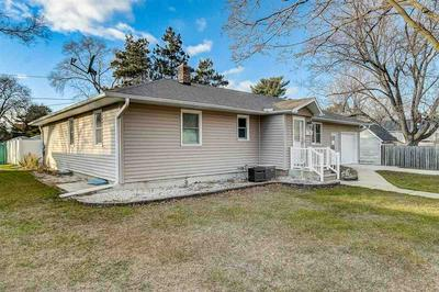 312 ORCHARD ST, Portage, WI 53901 - Photo 2