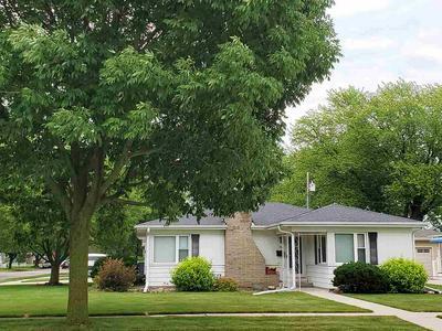 746 N ADAMS ST, Janesville, WI 53545 - Photo 2