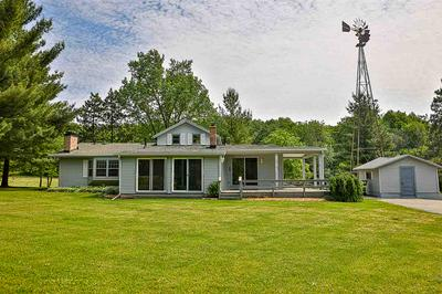 5211 N RIVER RD, Janesville, WI 53545 - Photo 2