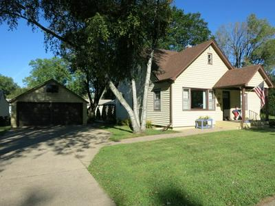 125 S 4TH ST, Evansville, WI 53536 - Photo 2