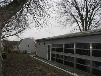 3 LAPIDARY LN, Janesville, WI 53548 - Photo 2
