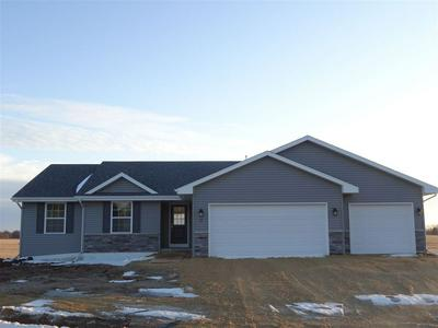 37 W GAILEN LN, MILTON, WI 53563 - Photo 2