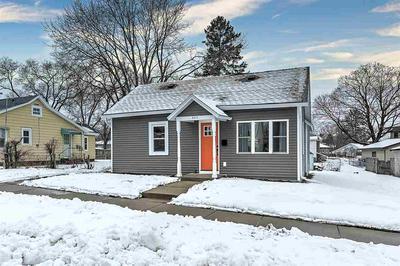 803 W FRANKLIN ST, Portage, WI 53901 - Photo 1